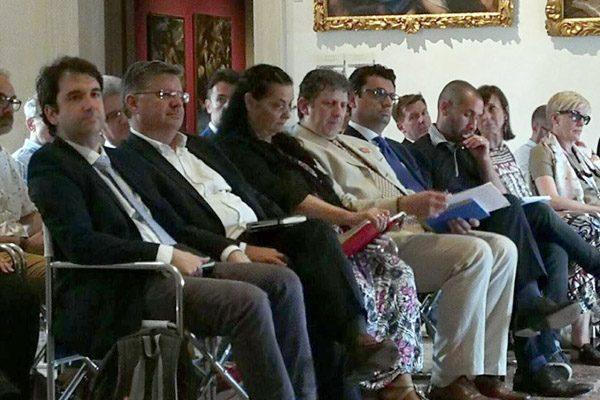 Dai candidati sindaco appoggio alle istanze dell'Accademia