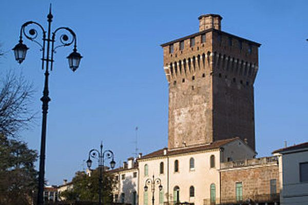 Le mura di Vicenza: la cinta medievale e quella scaligera-veneziana